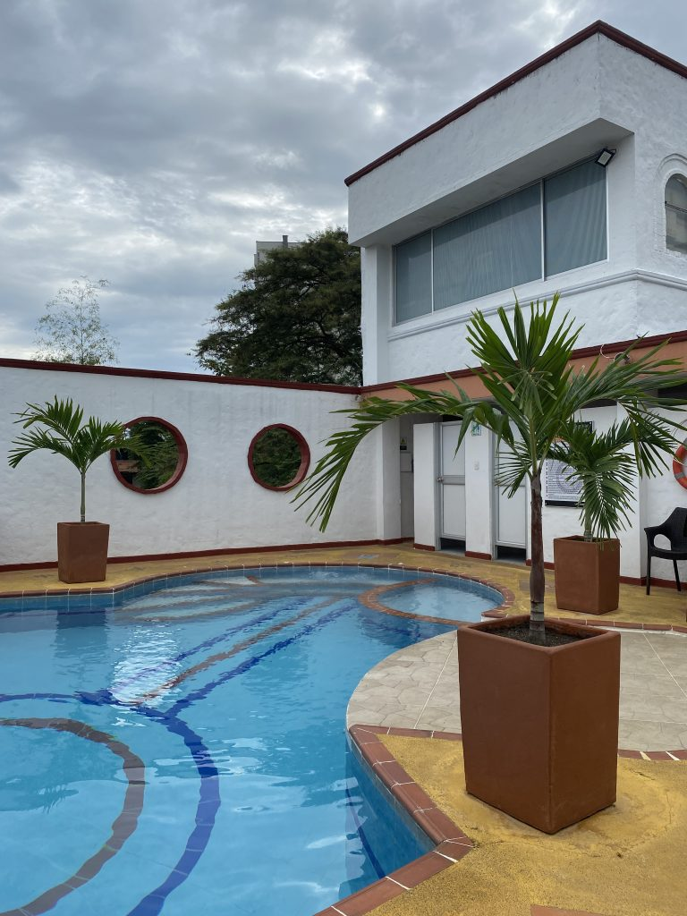 Hacaritama Colonial piscina