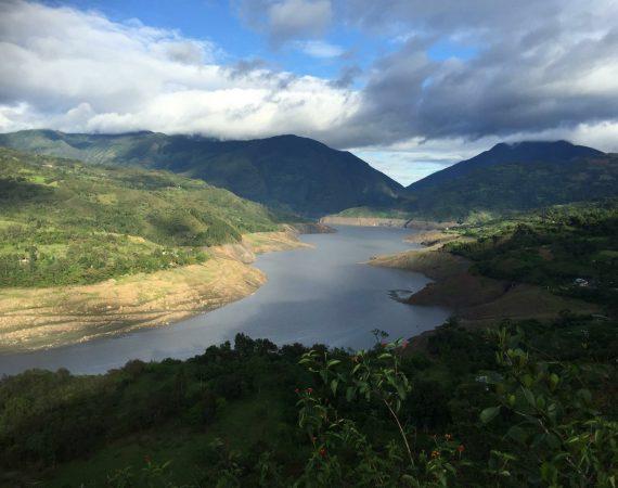 Represa de Chivor by ColombiaDeFiesta.