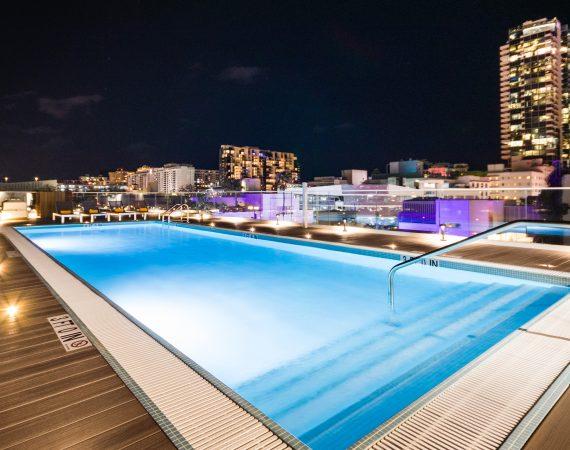 Berkeley Park Hotel Mgallery - Rooftop Pool - Night